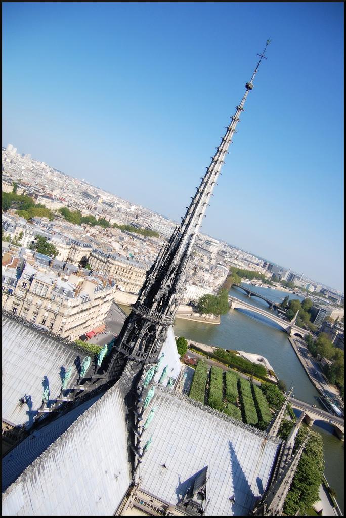 flèche Cathédrale Notre Dame de Paris