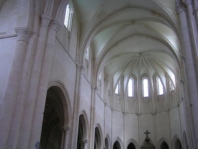 Voûte de l'abbatiale de Pontigny (XIIe)