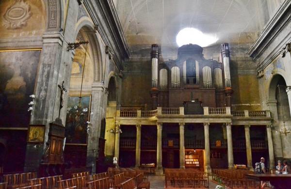 Église Saint-Benoît à castre vue intérieure en 2012.